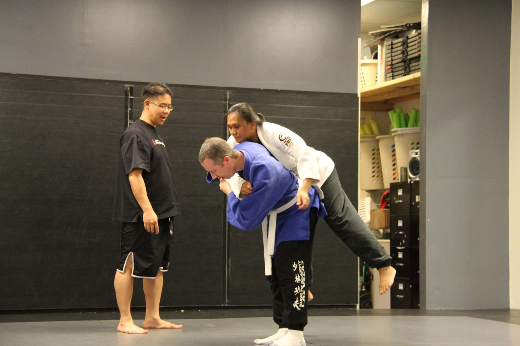 Instructor Kevin Teaching a private lesson